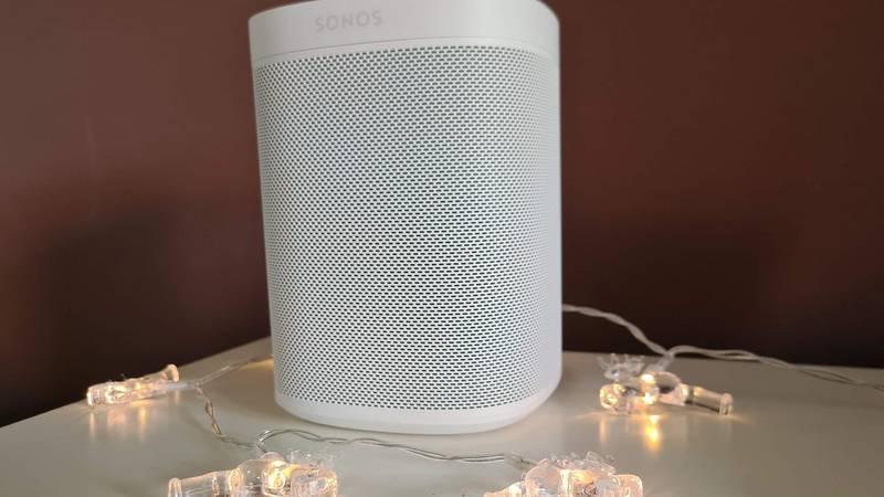 Jednostavno dobar: Isprobali smo Sonos One SL zvučnik