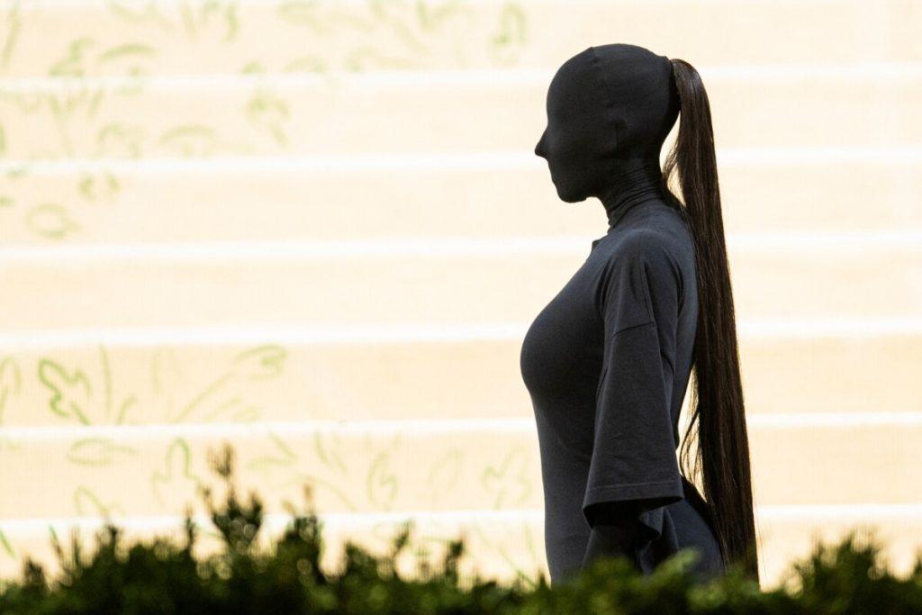 Frizer Kim Kardashian otkrio koliko je stajala njena frizura za Met galu