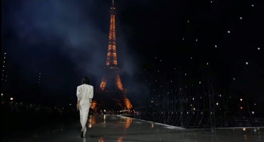 Grad svjetlosti kao spektakularna kulisa Saint Laurent revije – i moćne mode